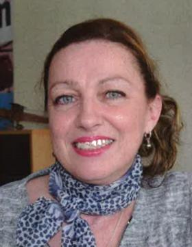 Air et Cosmos Newspaper: Portrait of Natalie Barat 0